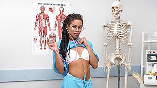 VRBangers.com-Hot Ebony Nurse fucking a patient VR Porn