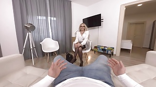 Young girl man and milf porn Virtualtaboo.com two girls learn from pro mom