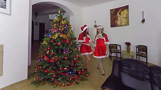 Free full length hd black pussy Full length christmas gift from czech vr