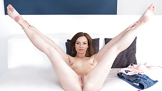 Gorgeous Pussy Fucked On VR Casting