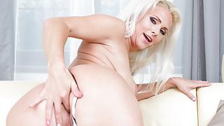 Виртуальные табу - сексуальная мама Kathy нуждается в хорошем трахе