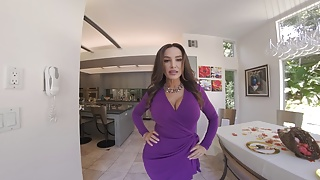 Pay per porn Wetvr soon to be evicted girl fucks in vr to pay rent