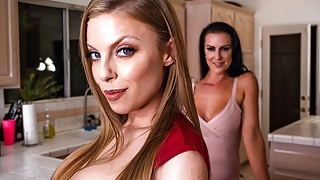 Britney Amber & Texas Patti - MilfVR - ThanksSwinging Day