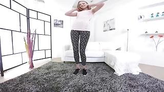 Sexy bend Skinny flexible teen bending her sexy body