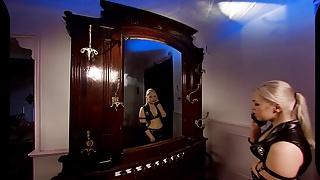 Mortal kombat sexy mileena - Vrcosplayx.com sonya has ever-wet pussy mortal kombat xxx